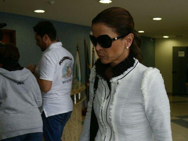 Cláudia Cruz faz visita para Eduardo Cunha na Polícia Federal, em Curitiba