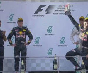 Ricciardo vence, Verstappen é 2º e Rosberg, 3º; Hamilton abandona
