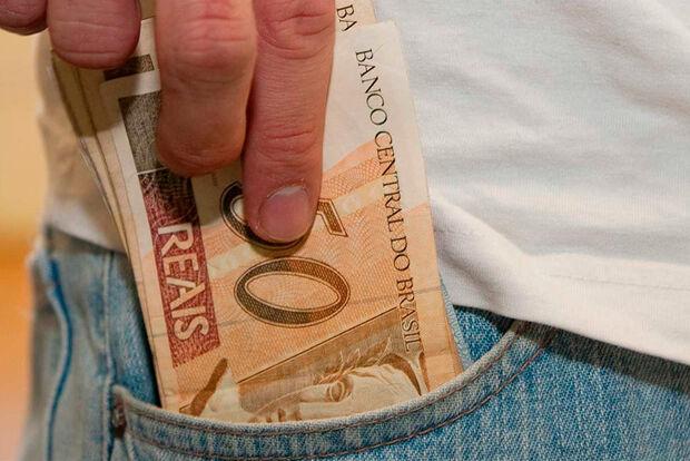 Décimo terceiro salário injetará R$ 197 bilhões na economia