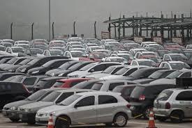 Venda de veículos automotores tem queda de 12,92% em setembro, diz Fenabrave