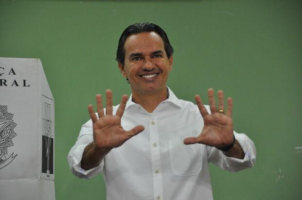 Com 58,77% dos votos, Marquinhos Trad é eleito prefeito de Campo Grande