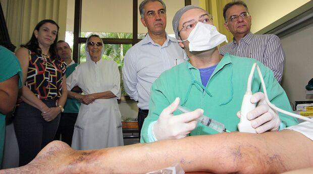 Governador acompanha atendimento a pacientes da Caravana da Saúde no Hospital São Julião