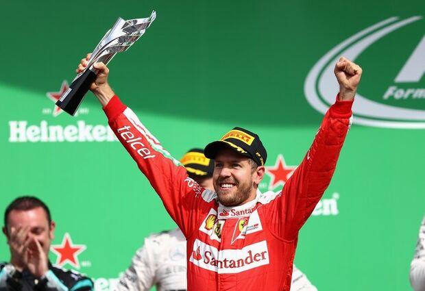 Vettel é punido, perde posições para Ricciardo e Max, e termina em quinto