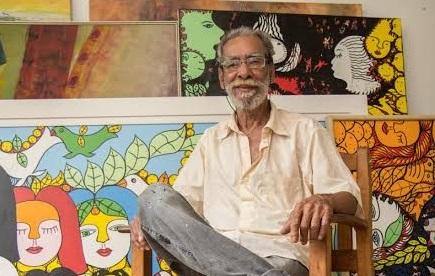 Artista plástico Ilton Silva pinta telas ao vivo em Corumbá durante o Festival América do Sul