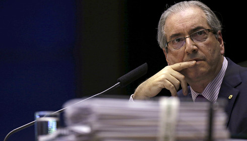 Cunha é preso em Brasília por decisão de Sérgio Moro