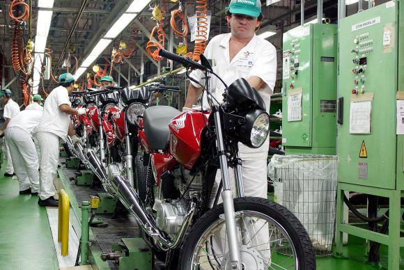 Greve dos bancos contribuiu para queda na venda de motocicletas, diz Abraciclo