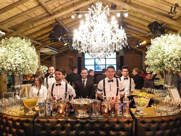 Experts em drinks tornam inesquecível festa adulta ou infantil, garantindo diversão e estilo