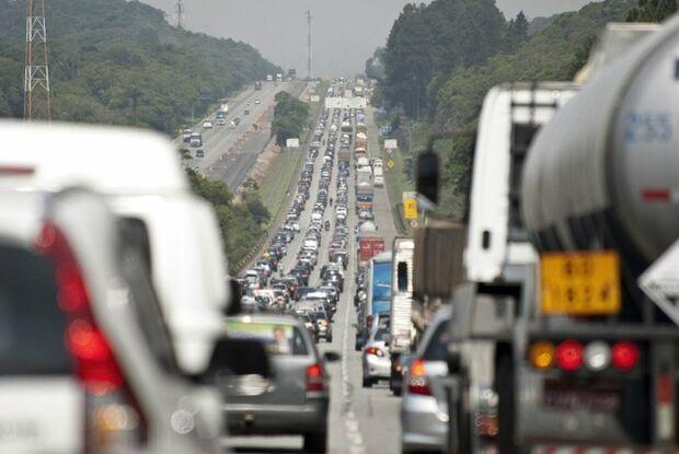 Motorista que optar por receber multa pela internet terá desconto de 40%