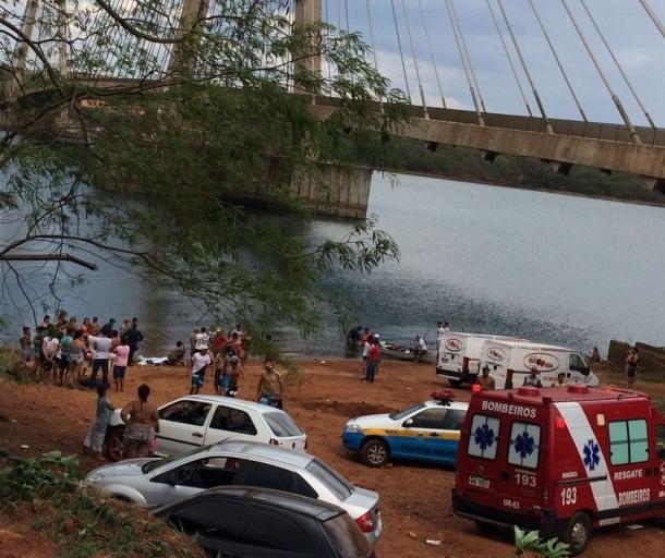 Ao tentar salvar a vida de amigo, jovens se afogam e morrem em Paranaíba
