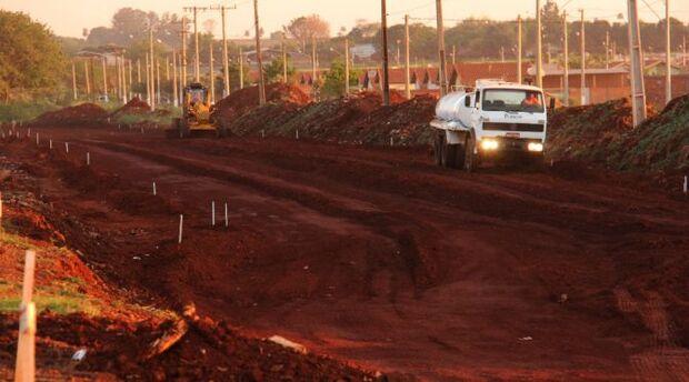 Governo investe R$ 4,1 milhões para asfaltar bairros de Dourados