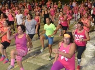 Aulão de ginástica Outubro Rosa acontecerá no dia 19 na Praça Elias Gadia