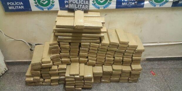 Homem é preso com 170 quilos de maconha que seria levada para Florianópolis