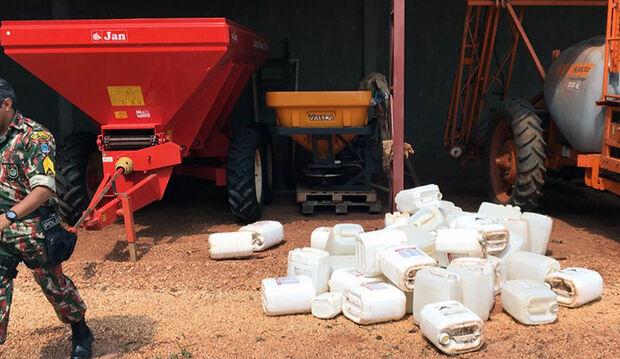 PMA multa fazendeiro em R$ 5.400 por guardar embalagens de agrotóxicos irregularmente