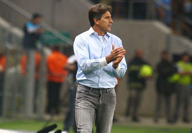 'O Inter veio para cobrar lateral na área, mais nada', diz Renato Gaúcho