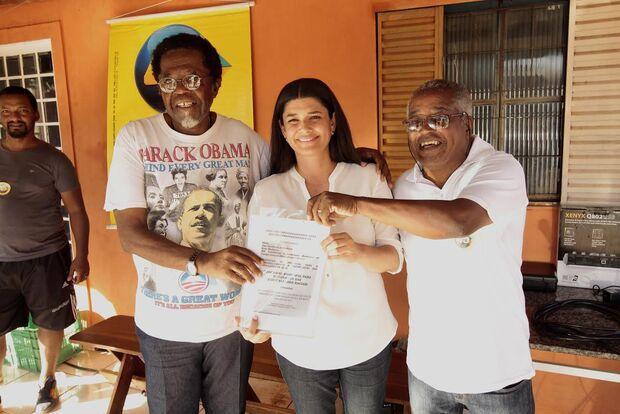 Em encontro com comunidade negra, Rose assume compromisso contra desigualdade racial