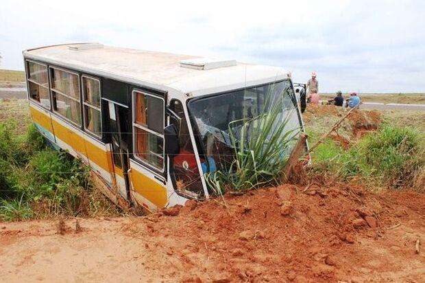 Motorista foge após causar acidente que deixou 13 trabalhadores rurais feridos