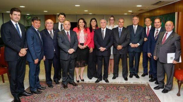 Reinaldo reforça em reunião com Temer pedido de ajuda financeira aos estados