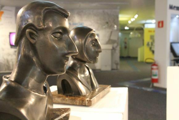 Exposição em São Paulo tem obras que podem ser tocadas pelo público