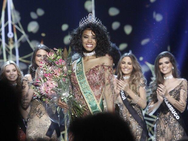 Raissa Santana do Paraná vence e é eleita a Miss Brasil 2016