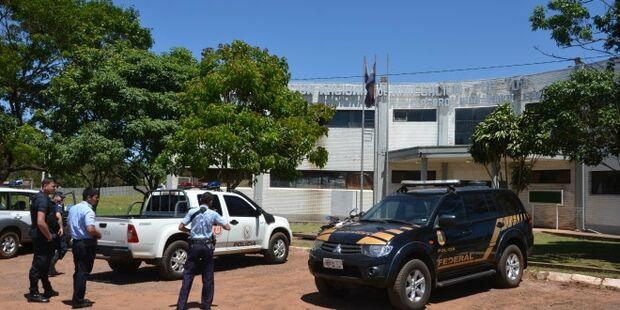 Polícia paraguaia expulsa trio por suspeita de fazer parte do PCC