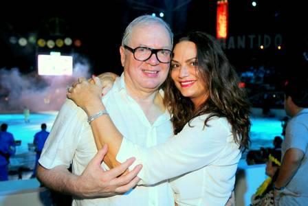 Luiza Brunet pede reconhecimento de união estável e metade do bens de Lírio Parisotto