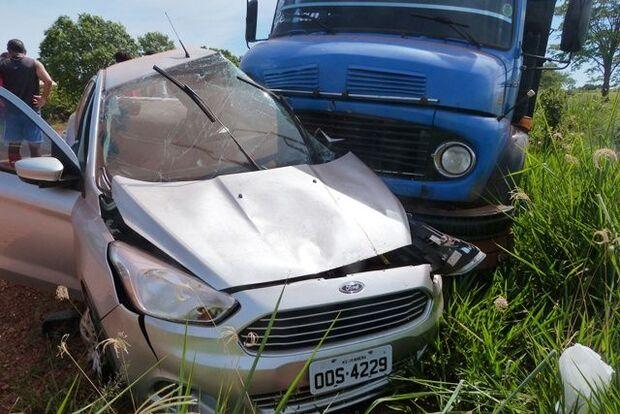 Grave acidente mata mulher e deixa duas jovens feridas na MS-276