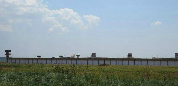 Agentes encontram túnel de 12 metros em penitenciária de MS