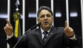 Sob custódia da PF, Anthony Garotinho segue internado em hospital do Rio
