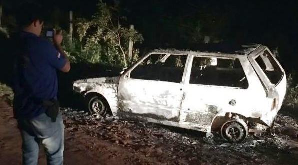 Estudantes de medicina são presos por queimar veículo na fronteira