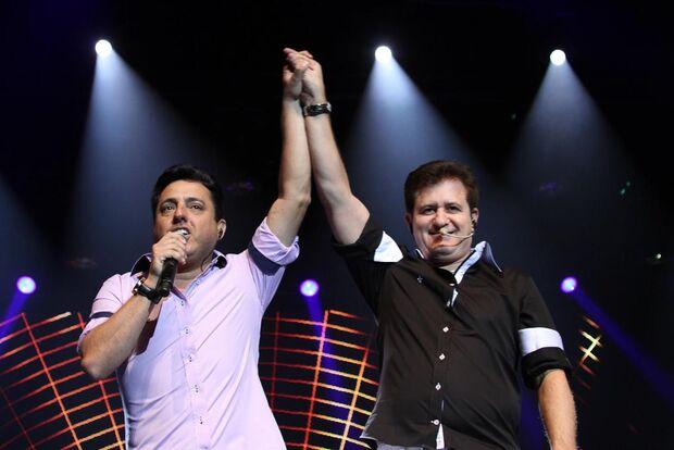 Bruno e Marrone comemoram 30 anos de carreira com show em Campo Grande