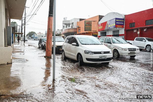 Chuva de 8 milímetros confirma previsão e não preocupa Defesa Civil na Capital