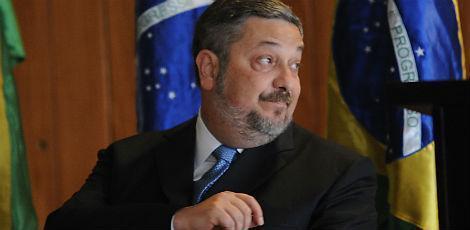 STJ nega novo pedido para soltar Palocci