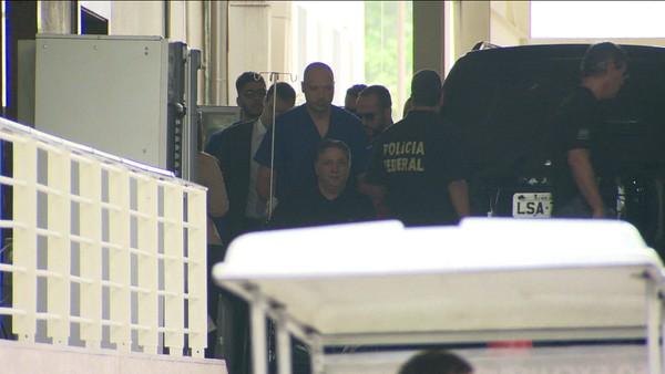 Ex-governador Garotinho recebe alta de hospital particular no Rio