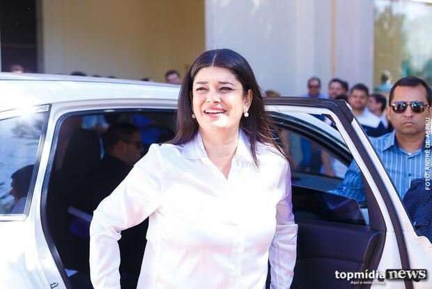 Após eleição, Rose retorna aos trabalhos como vice-governadora, mas sem secretaria