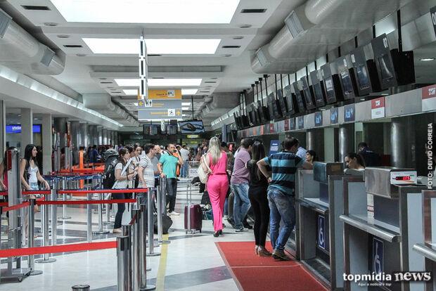 Aeroporto opera com sete voos nesta sexta-feira