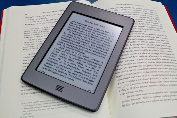 Editora UEMS abre edital para publicação de livros impressos e e-books