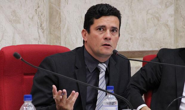 'Ideal seria limitar o foro a presidentes dos três Poderes', diz Moro