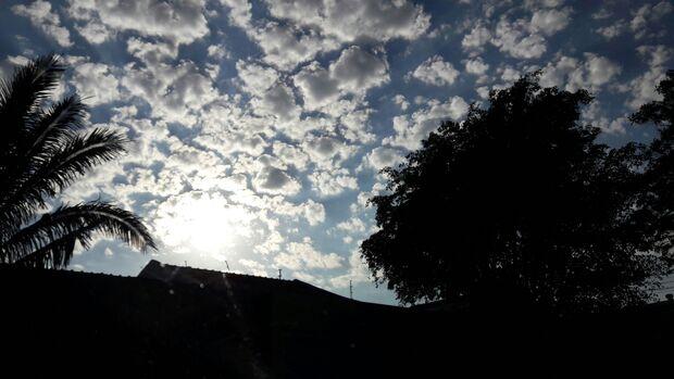 Tempo fica nublado, mas sem possibilidade de chuva na Capital