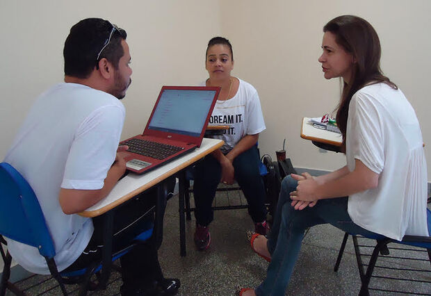 Primeira turma de capacitação em língua Guarani encerra atividades no HU-UFGD