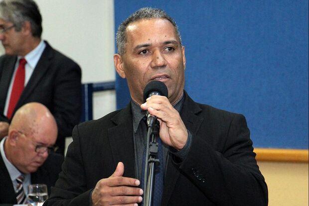 Vereador denuncia situação precária da maternidade das Moreninhas