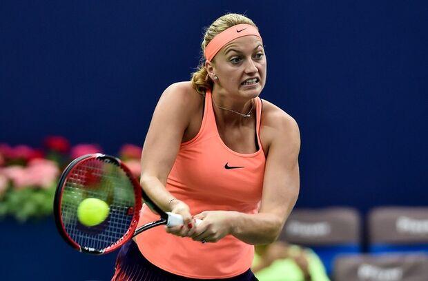 Bi em Wimbledon, tenista tcheca tem casa invadida e sofre ataque com faca