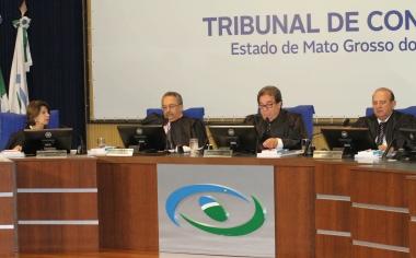 TCE-MS aplica R$ 9,5 mil em multas por contratações irregulares