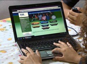 Prazo de renovação de contratos do Fies ternima no dia 30 de dezembro