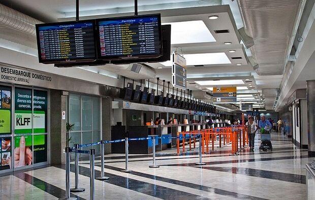 Aeroporto opera normalmente em Campo Grande, mesmo com tempo fechado