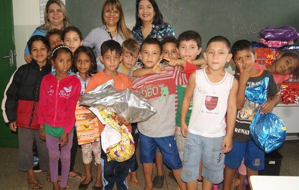 Campanha de Natal do Programa Rede Solidária arrecada 500 brinquedos