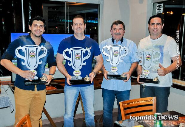 Pilotos campeões de kart comemoram boa temporada em evento na Capital