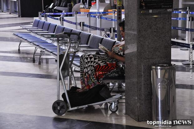 Aeroporto registra um cancelamento e opera com sete voos nesta terça-feira