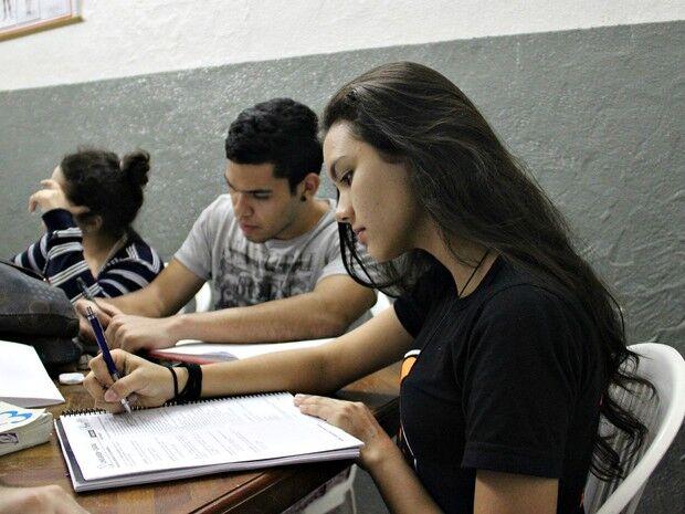 Projeto de universidade oferece cursos de verão gratuitos