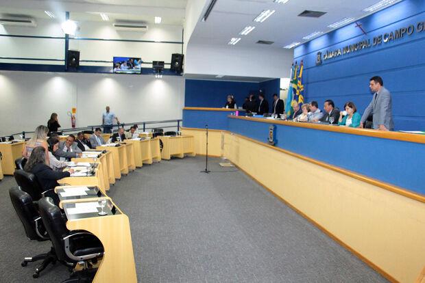 Com 673 emendas, vereadores aprovam orçamento de Campo Grande