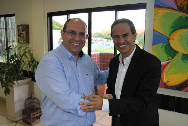 Na Capital, Marquinhos firma parceria com UFMS para ampliar serviço público